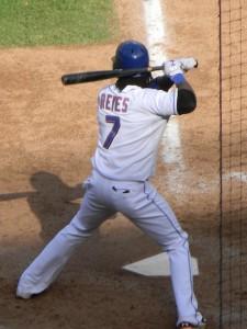 Jose_Reyes_at_bat