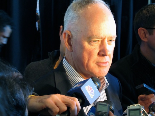 Sandy Alderson talks to the media