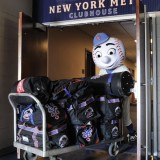 7 Days Until Pitchers & Catchers Report, Mr. Met Off To St. Lucie