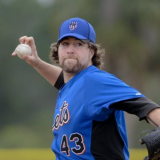 Mets Take Down Astros 8-2, Dickey Flirts With A Spring No-No