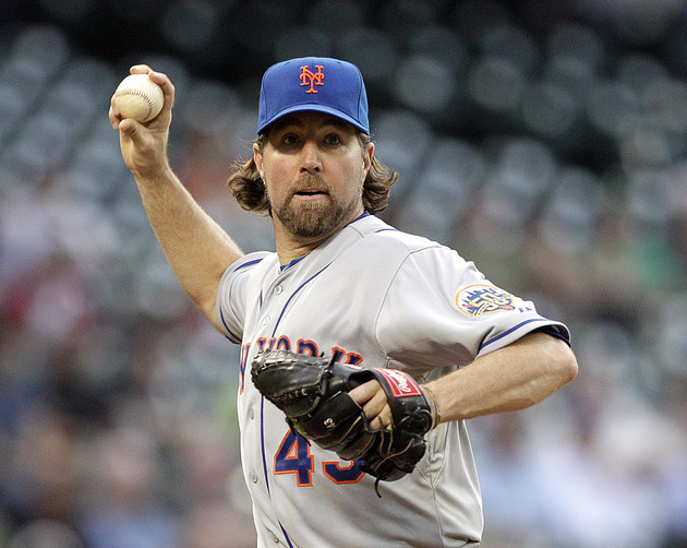 Mets Send Dickey To The Mound In Rubber Game Against D-Backs