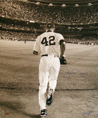 mariano-rivera-2006-entering-the-game-sepia-photo-signed-by-anthony-causi