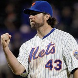 MMO Fan Shot: What Will the Mets Do With R.A. Dickey?