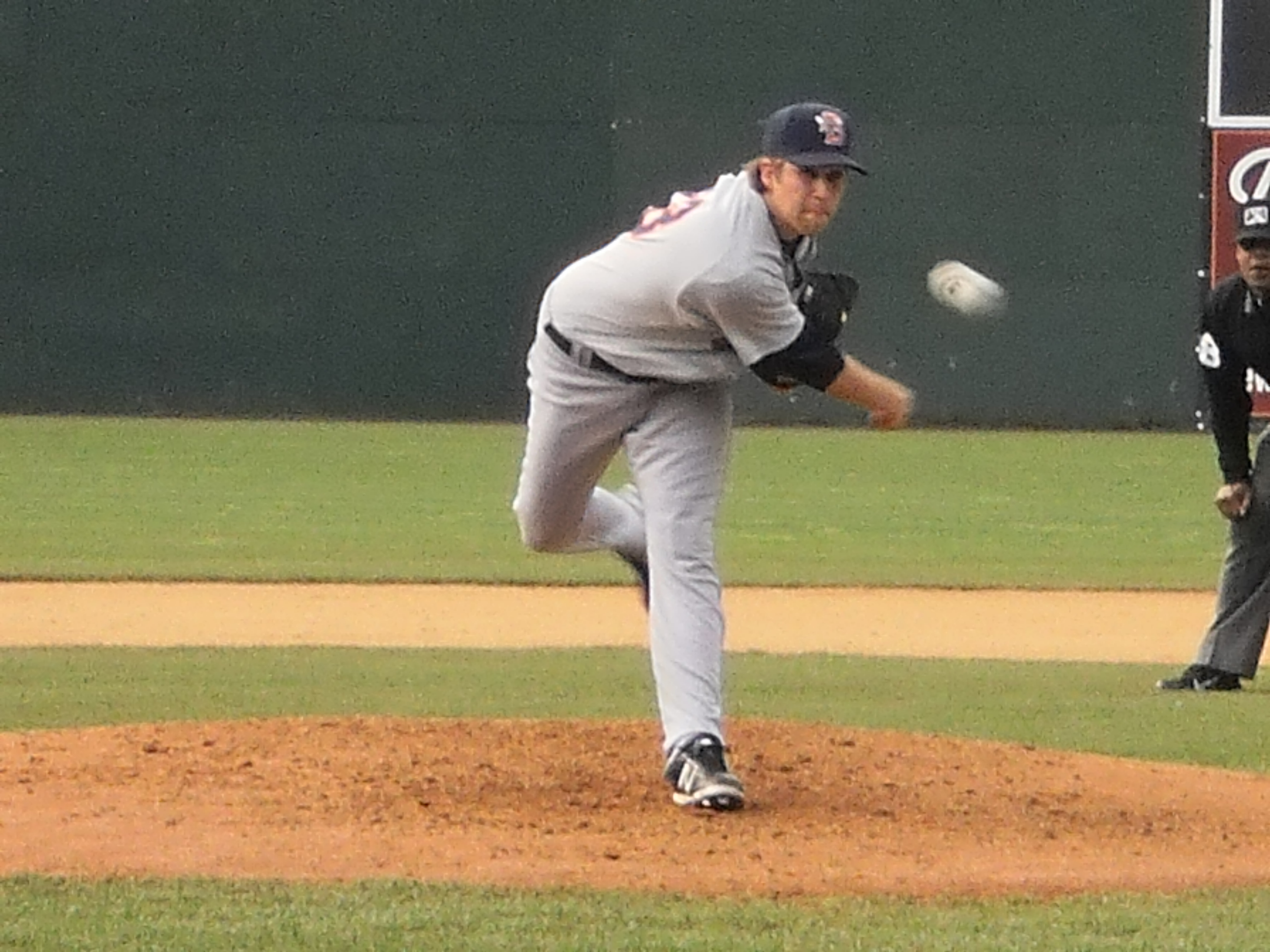 McHugh Solid, Satin Drills 2-Run Shot, 51′s Stay Undefeated In 6-1 Win