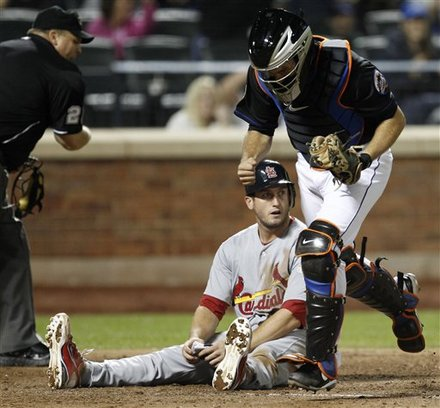 Mets Move Into First Place As Niese Fans Ten, Besting Cards 6-1