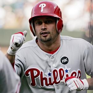 Phillies Trade Victorino To Dodgers, Pence To Giants