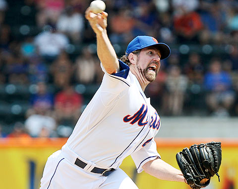 Sweet Sixteen For Dickey As Mets Defeat Astros, 3-1