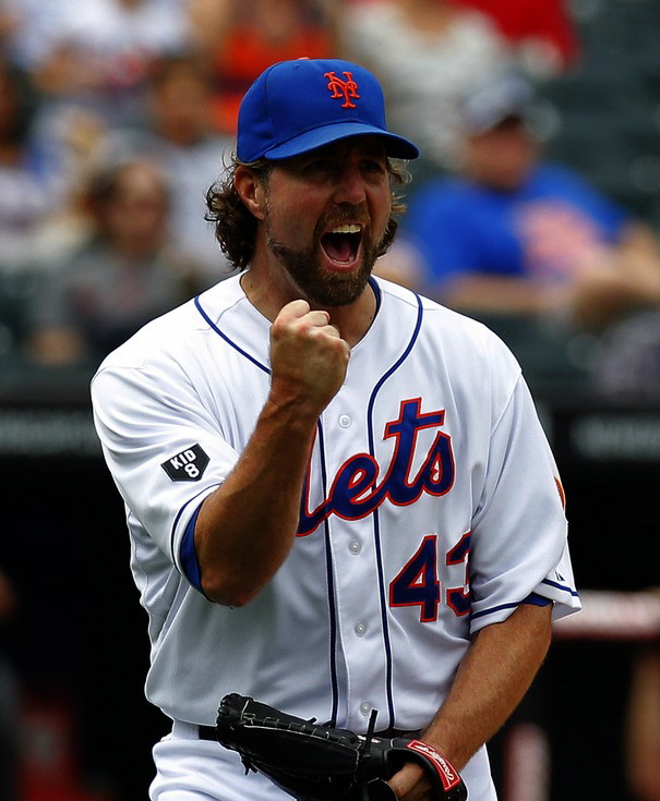 Dominant Dickey Picks Up Win Number 19 In 4-3 Victory Over Marlins