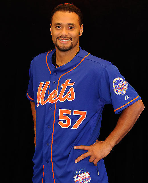 Mets Unveil Blue Jersey For 2013 Season