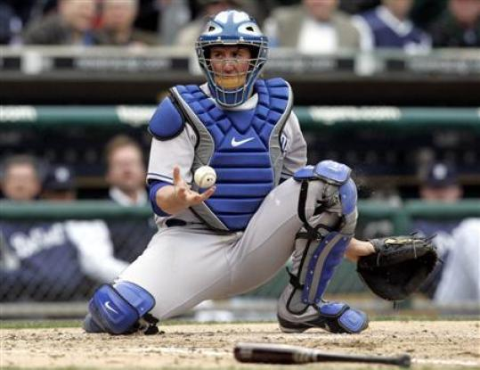 Mets Catcher John Buck Is More Throwback Than Throw-In