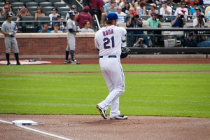 Lucas  Duda manning first base - Cit Field