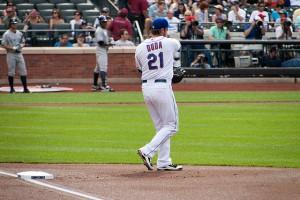 Lucas  Duda manning first base - Cit Field