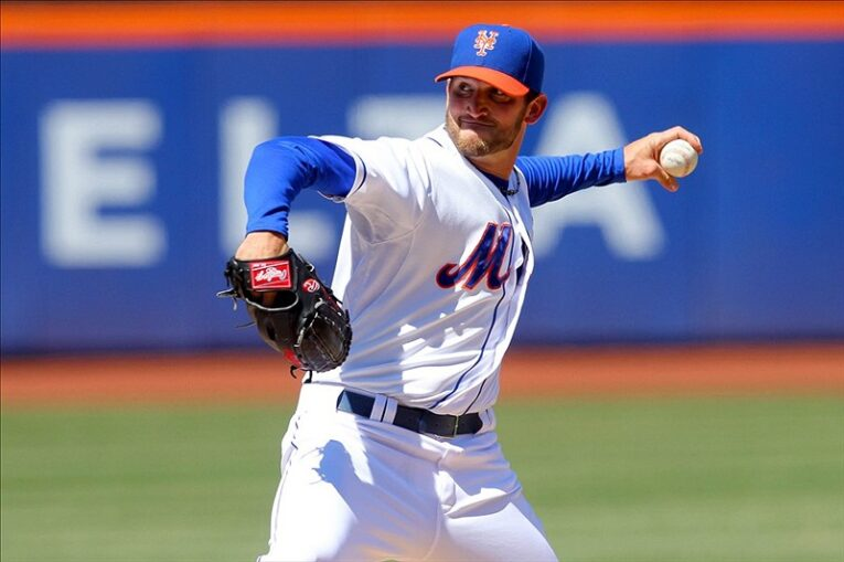 Mets starting pitcher Jonathon Niese 2
