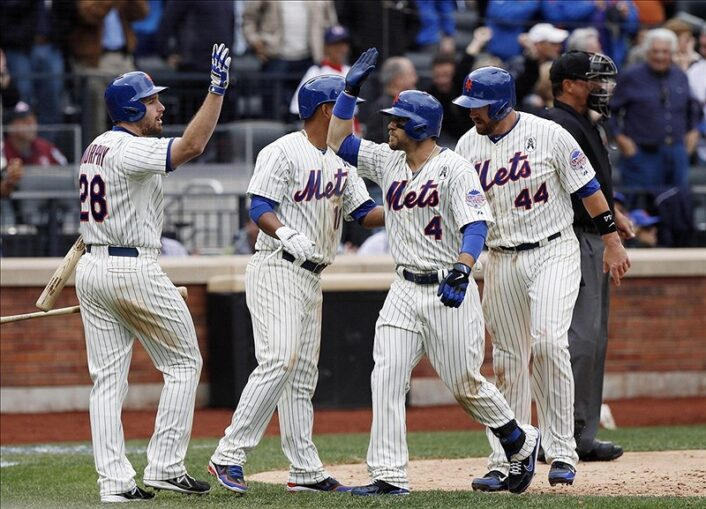 Mets Win Home Opener With Convincing 11-2 Win Over The Padres