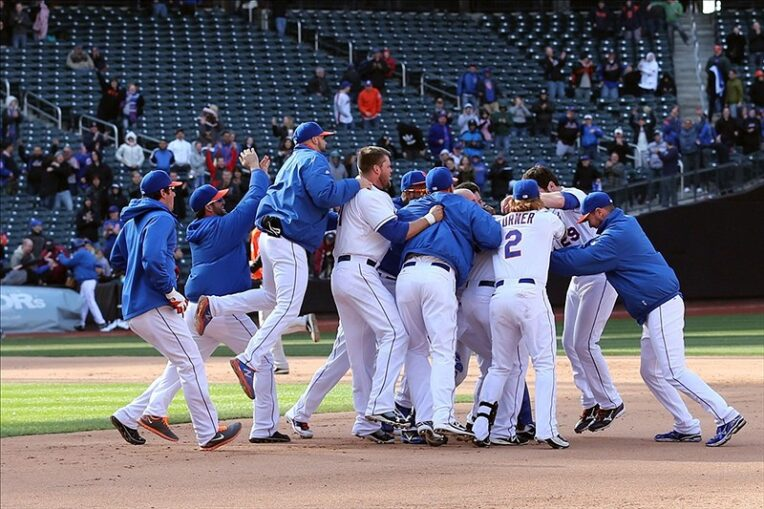 Marlon Byrd Caps Off Wild Mets Walk-Off Win