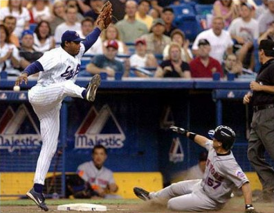 Memorable Mets Moments: Eric Valent Hits For The Cycle!