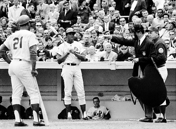 Frank Robinson Still Swears Miracle Mets Scuffed Ball In Game 5 Of 1969 World Series