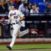 Mets Stay Hot As Bats Come Alive Late In 9-1 Win
