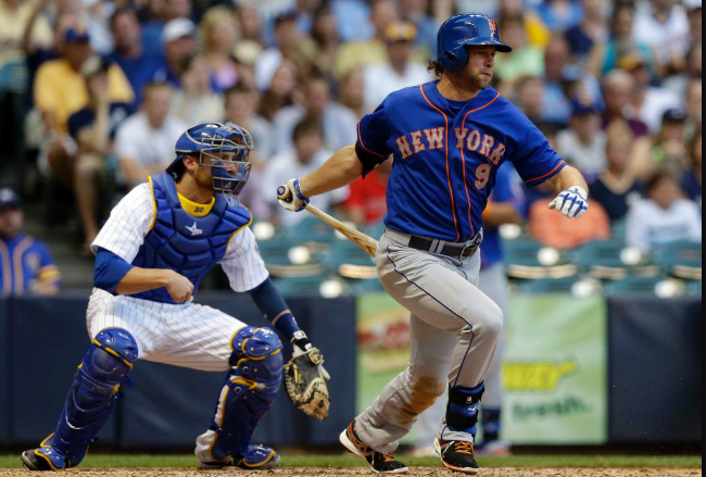 Kirk Nieuwenhuis is Making the Most of His Latest Opportunity