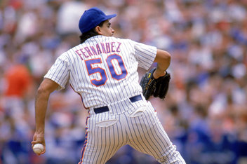 Sid Fernandez  winds back to pitch