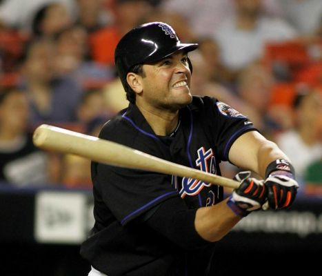 A Defense Of Mike Piazza