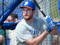 Collins Continues To Rave About Ike Davis