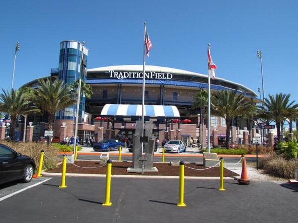 tradition field mets