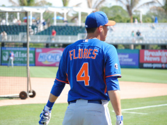 Mets Aren't Optimistic Of Flores' Chances At SS