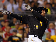 Oakland A's Acquire Ike Davis