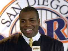 Hall of Famer Tony Gwynn Dies of Cancer