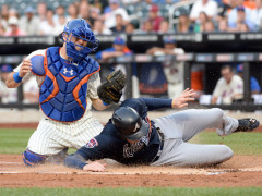 D'Arnaud Has Succesful Surgery To Remove Bone Spurs