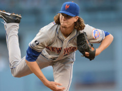 "DeGrom Delivers: ""Outstanding"" and ""Gutsy"" in Season Debut"