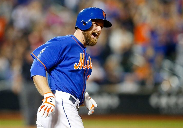 Lucas Duda reacts after hitting a walk-off home run in the 9th inning. Photo credit: Jim McIsaac, Getty Images