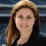 Mets Executive Says She Was Fired For Being Pregnant and Single, Files Federal Lawsuit