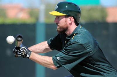 ike-davis-mlb-oakland-athletics-workout-850x560