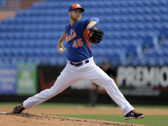 Wheeler Throws 10 Pitches, Takes Another Step Forward In Rehab