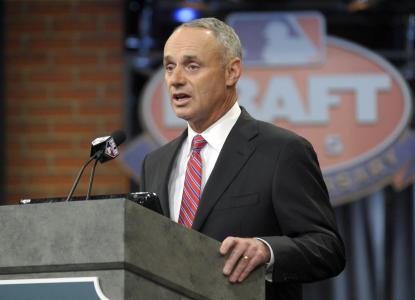 MLB draft manfred
