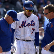 D'Arnaud Loses Elbow Brace, Begins Limited Baseball Activities