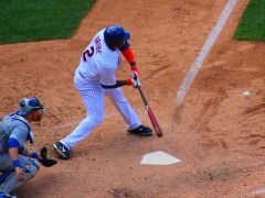 Juan Uribe Lifts Mets To Within Two Games Of First Place