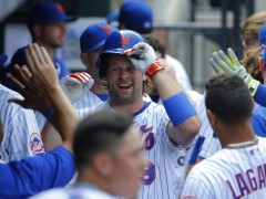 Watch Kirk Nieuwenhuis Make Mets History
