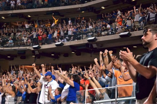 fans crowd shot Citi Field