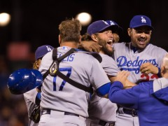 Dodgers Clinch and Cut Mets Lead For Home-Field To One Game