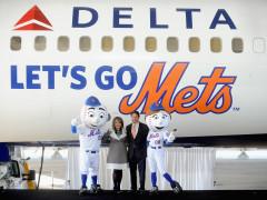 Delta Airlines Unveils Mets Branded Boeing 757!