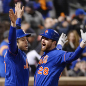Harvey Shines As Mets Beat Cubs 4-2 To Take 1-0 Series Lead!