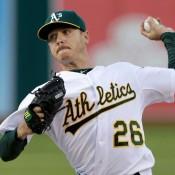 Dodgers Sign Scott Kazmir To Three-Year Deal