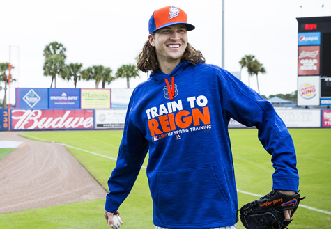 watch 1e735 aa17e Mets Unveil New Spring Training Jersey, Cap, Hoodie ...