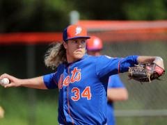 Syndergaard Impresses Early At Spring Camp