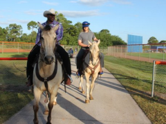 Cespedes and Syndergaard Caught Horsing Around At Mets Camp
