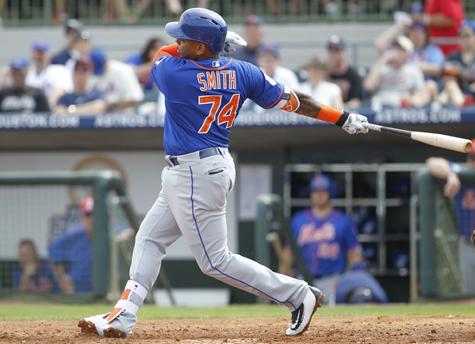 dominic smith swings