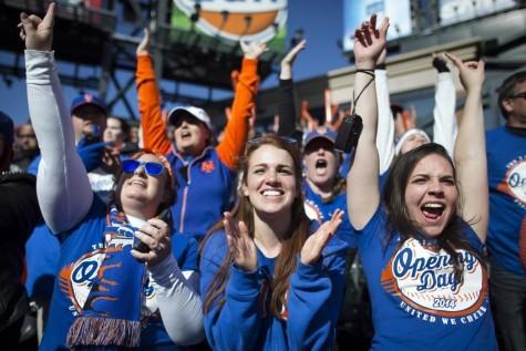opening-day-baseball mets fans citi field